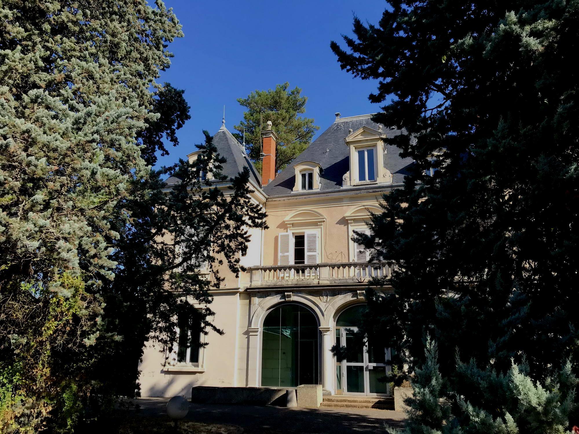 Ecully (69) - Château Bringandière - Déficit Foncier